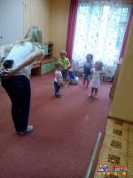 """Физкультура в частном детском саду """"Тёма"""""""